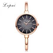 Позолоченные часы LV LP385