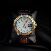 Кварцевые часы CURREN с увелечительным стеклом над датой