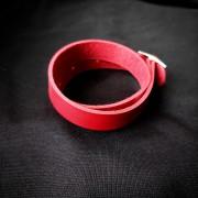 Кожаный браслет - чокер Красный